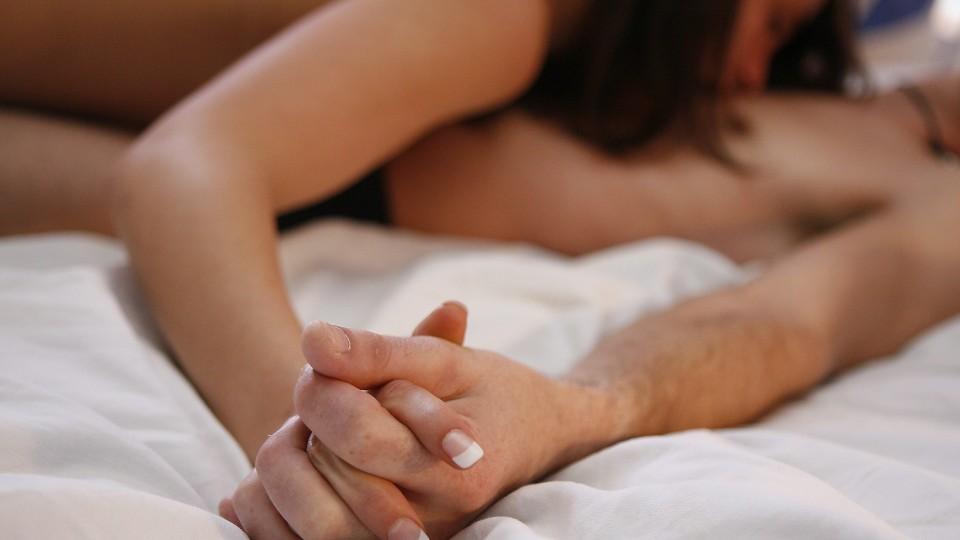 naturlige nøgen kvinder sex efter fødslen