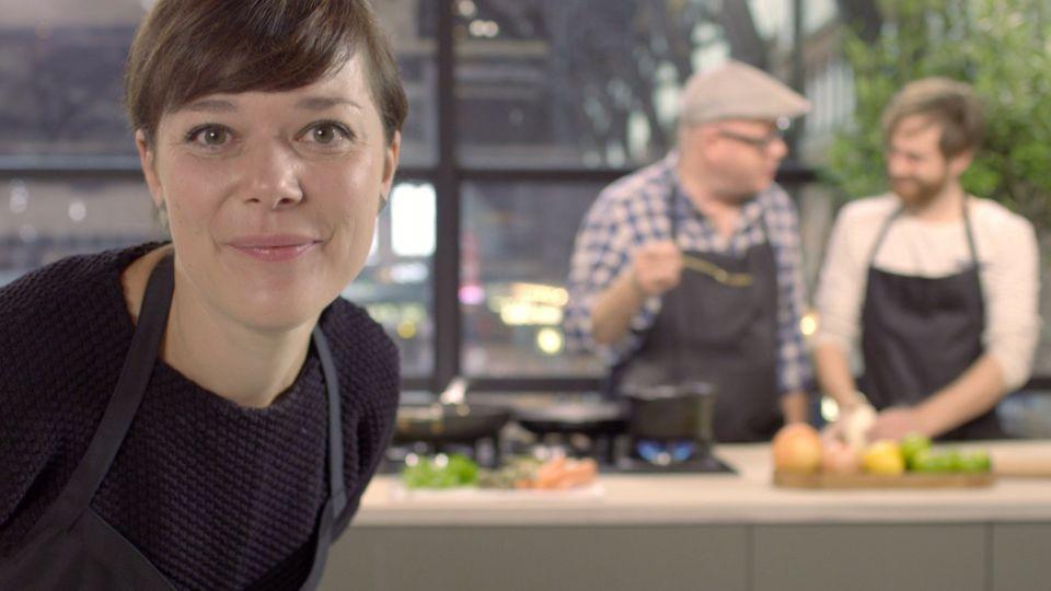 Kom i køkkenet med TV 2-kokke - TV 2