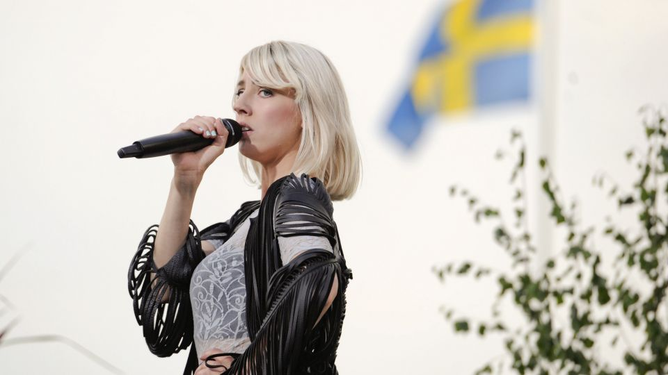 Svensk Popprinsesse Derfor Er Svensk Pop Bedre End Dansk Tv 2
