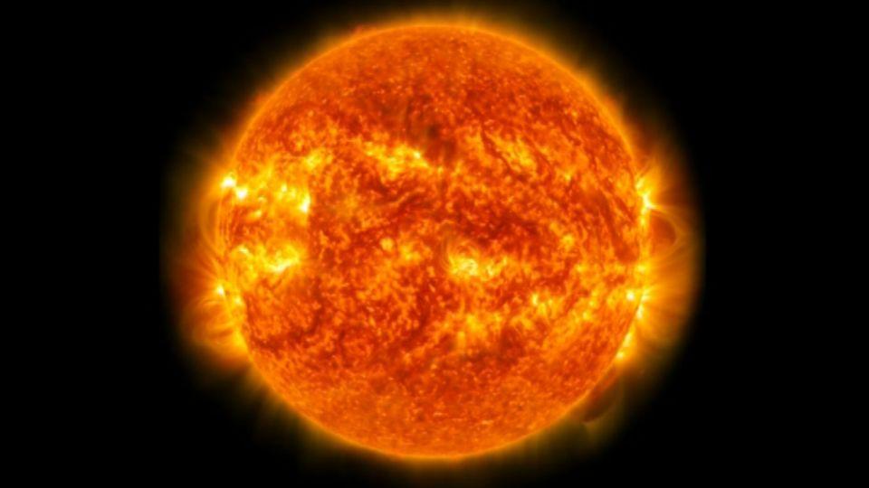 Vilde eksplosioner: Se NASA's optagelser af solen - TV 2