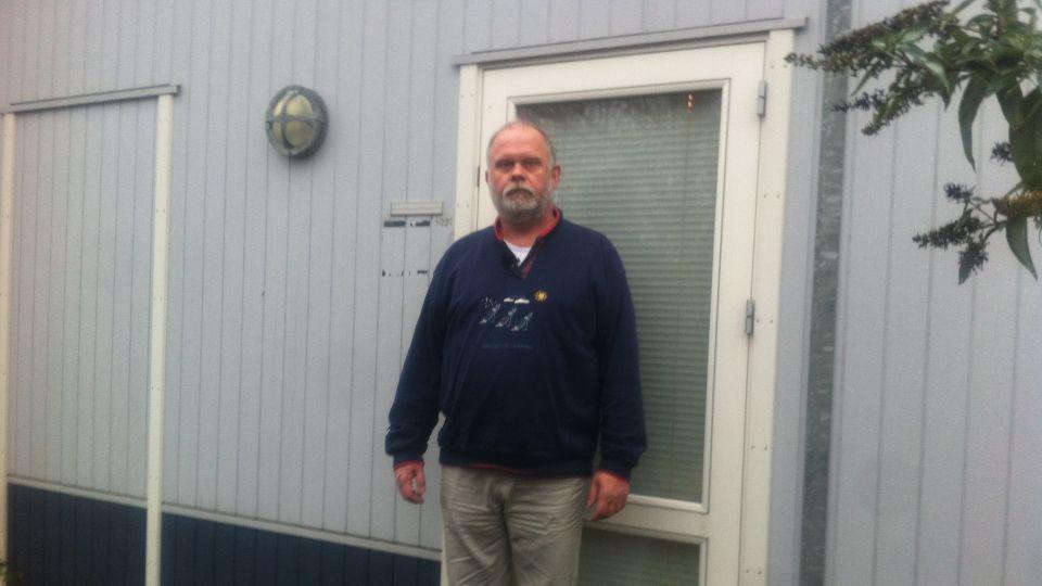 Philip Möller et år efter stormen bodil philip bor stadig i en skurvogn tv 2