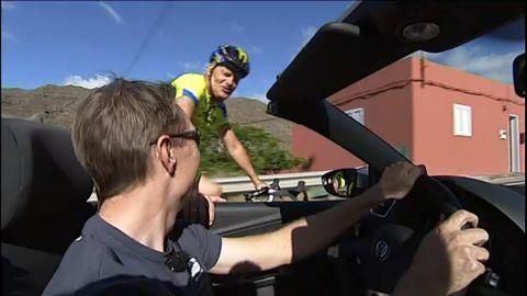 Fra cykel til bil: Kom med Nicki Sørensen på job - TV2