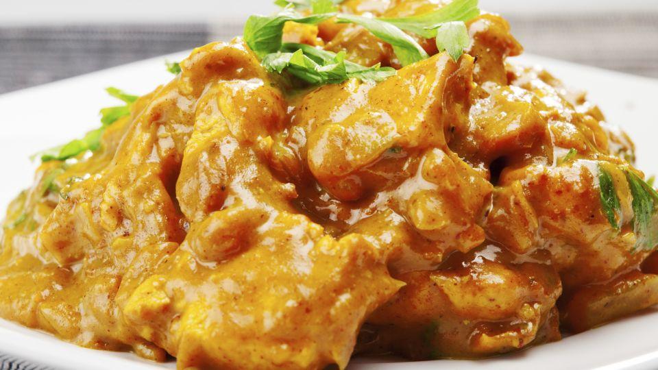 indisk karryret med kylling