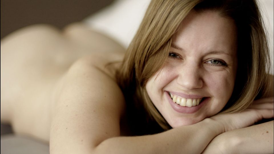 toppløse kjendiser erotisk novelle lydbok