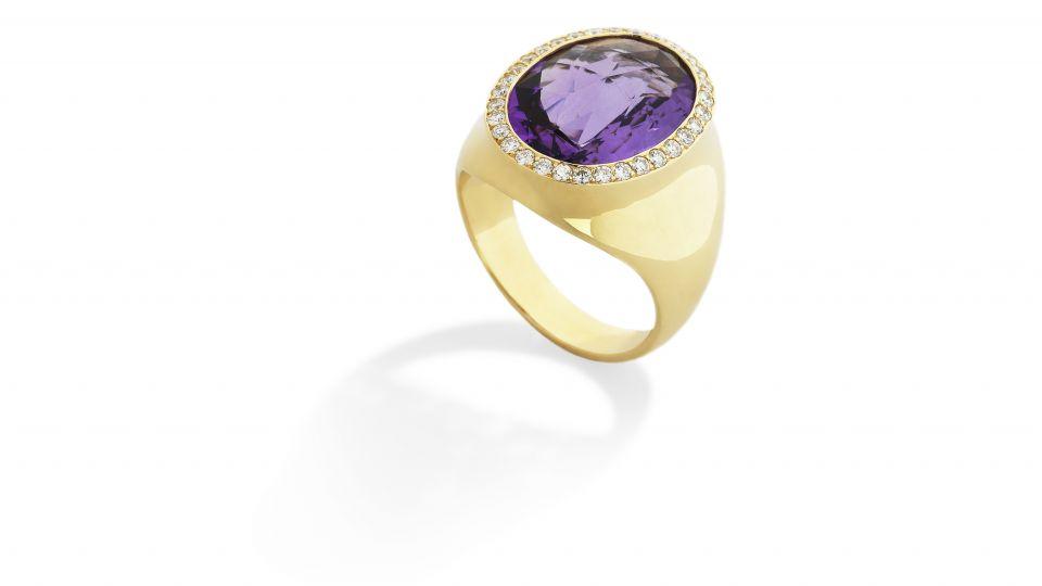 ring med lilla sten