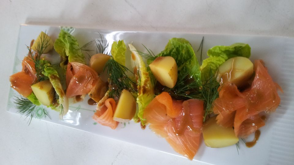 salat med gravad laks